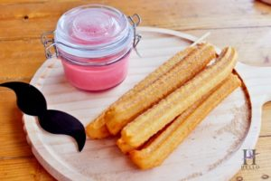 churros with strawberry